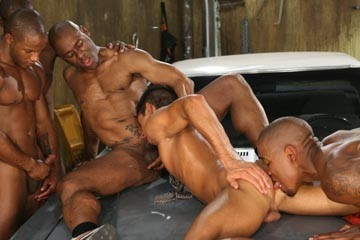 Blackballed 6: Under the Hood DVD - Gallery - 007