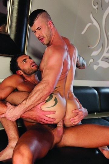 Open Bar DVD - Gallery - 008