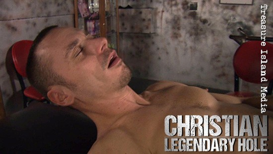 Legendary Hole: The Best Of Christian DVD - Gallery - 005