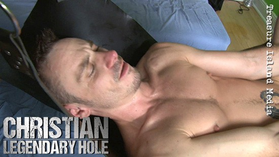 Legendary Hole: The Best Of Christian DVD - Gallery - 009