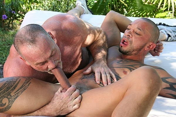 Man Hole Lover DVD - Gallery - 019